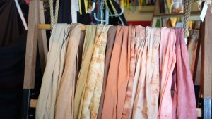 scarves of different colors can spark a discussion among people with dementia
